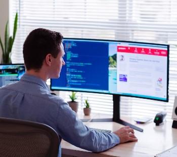 Mini Blog - ¿Cuáles son las características de un puesto de trabajo digital?